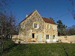 Stone house near Bergerac: €293,000