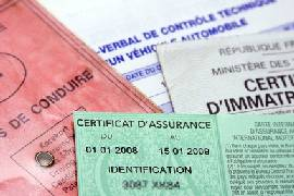 Insurance documents france large