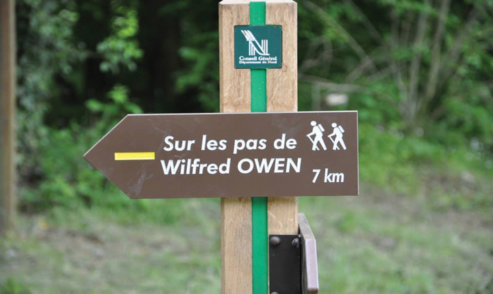 Wilfred Owen route sign