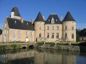 pays de la loire chateau de vauloge exterior with moat
