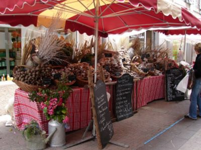 Poitiers Market Stall