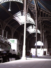 the station concourse at the Caves Byrrh