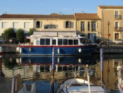 traditional fisherman's cottages at Marseillan