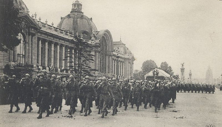 https://www.frenchentree.com/wp-content/uploads/assets/paris/images/800px-Paris_in_1916.jpg