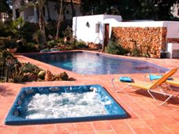 Spaform spa pool
